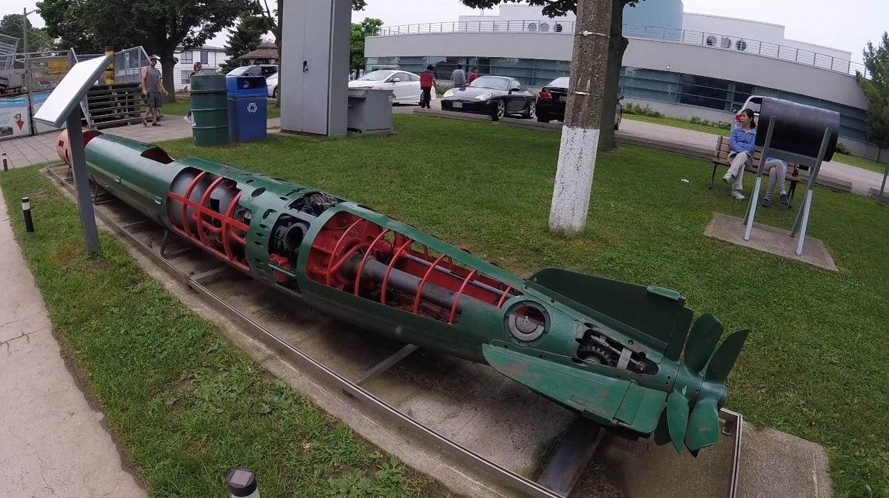 torpedo-close
